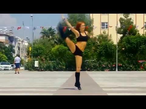شاهد ماذا فعلت 3 فتيات روسيات في شوارع تركيا